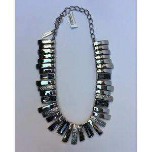 New Oscar de la Renta Stones Embellished Necklace